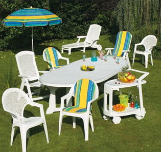 chaises-jardin-plastique-1270320728.jpg