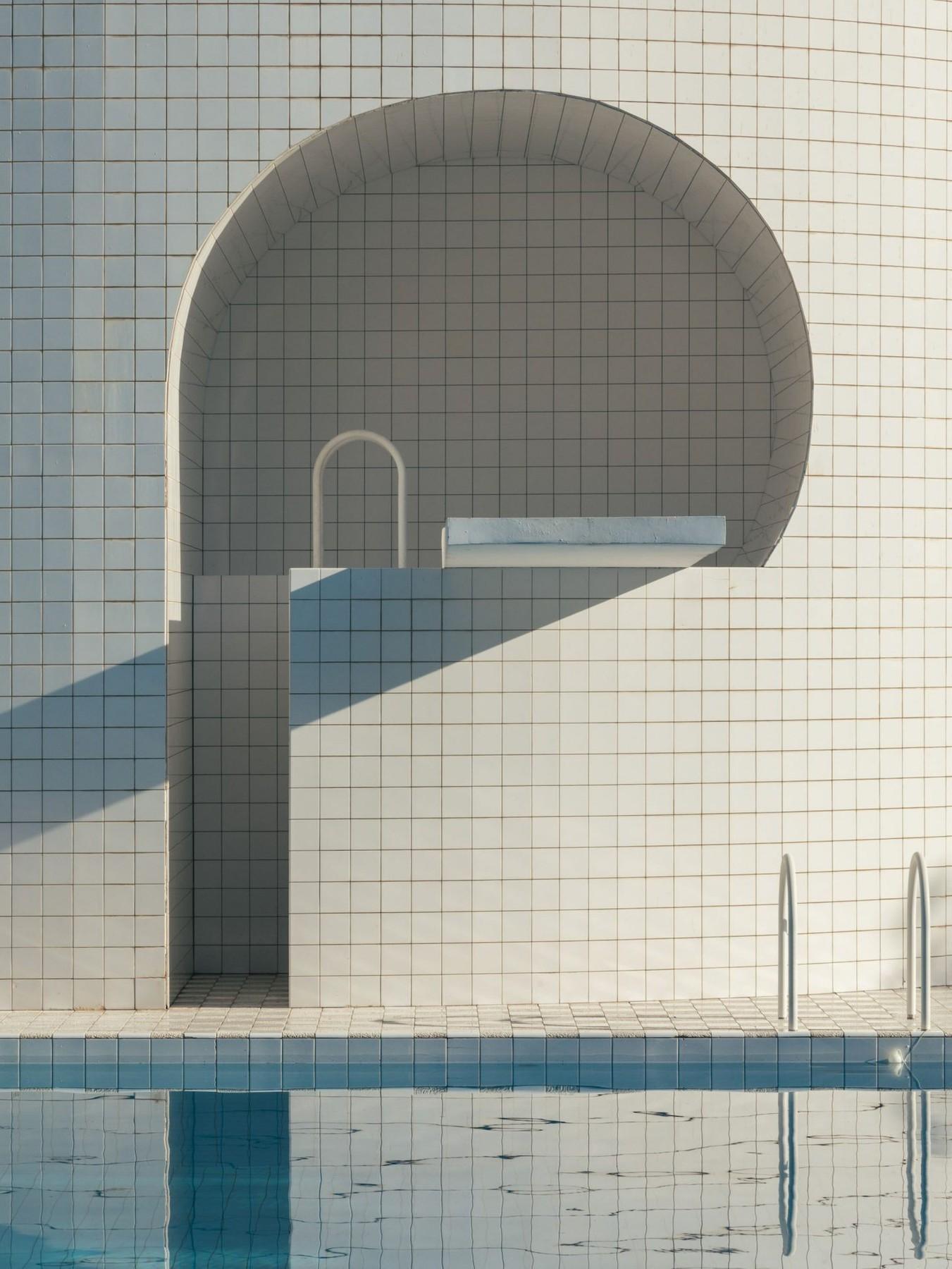 ignant-architecture-romain-laprade-domestic-pool-003-1-1440x1919.jpg