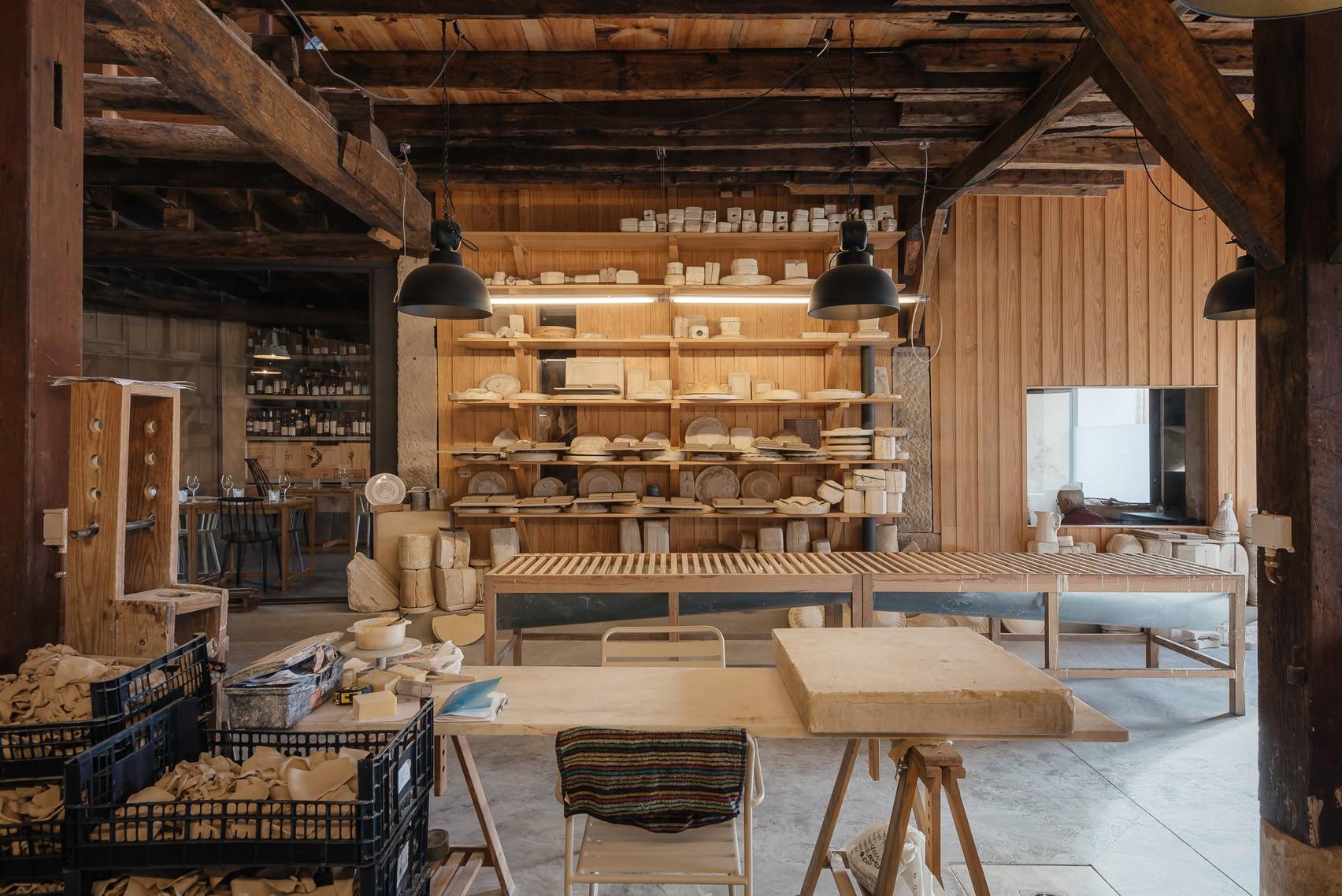 ceramic-factory-luisa-bebiano-atelier-do-corvo-interiors-portugal_dezeen_1704_col_12.jpg