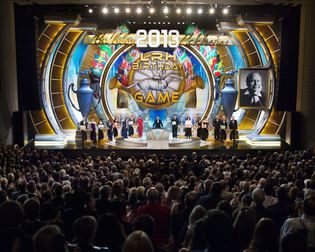 04-scientology-march-13th-2013-awards-on-stage.jpg