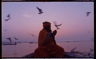 Morning prayers on the Ganges during the Kumbh. @kodak_shootfilm