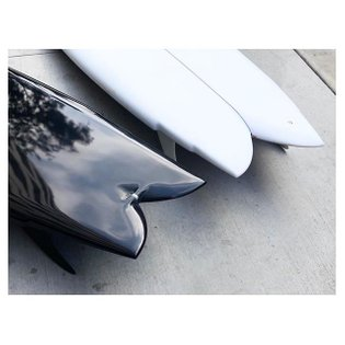 "6'6"" and 6'10"" by @waxsurfco #waxsurfco #twinfin #resinart #resintint #surfboard"