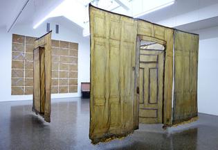 art-installation-francis-alys-y-heidi-bucher.jpg