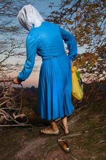 elena_subach_grandmothers_on_the_edge-of-heaven-photography-itsnicethat-05.jpg