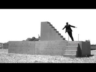 Yoann Bourgeois - Fugue / Trampoline sur Metamorphosis II