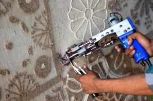 electric-gun-tufting-1.jpg