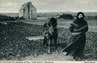 800px-scratching_the_old_rock_est_1900-shetland-croft.jpeg