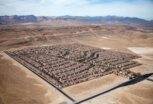 Desert Housing Block, Las Vegas, NV, 2009. Alex MacLean.