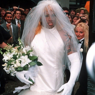 dennis-rodman-wedding-dress.jpg