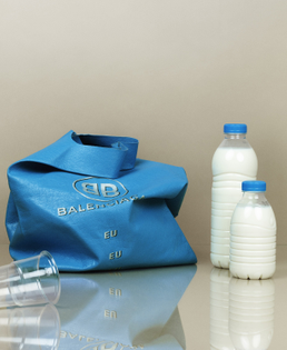 07-marius-w-hansen-m-le-monde-milk-01.jpg?v=1558042705