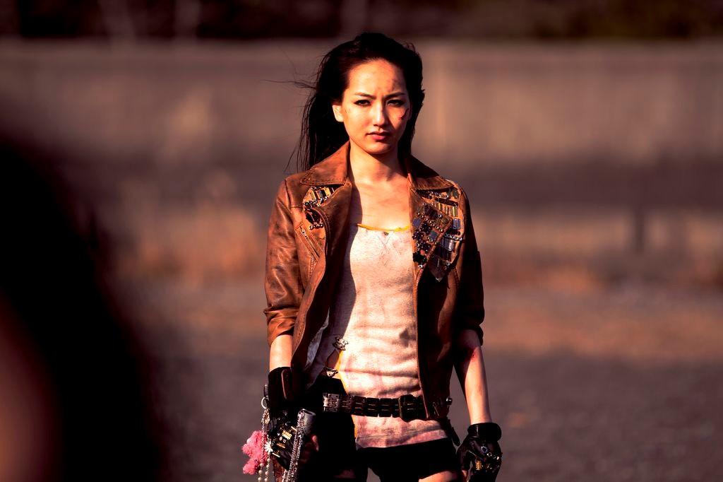 schoolgirl-apocalypse-aoi.jpg