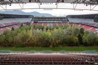 https-hypebeast.com-image-2019-09-klaus-littmann-for-forest-football-stadium-installation-austria-1.jpg