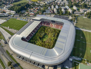 klaus-littmann-for-forest-klagenfurt-football-stadium-austria-trees-designboom-1-818x617.jpg