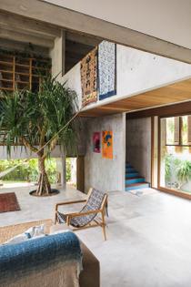 concrete-house-bali-by-patishandika-yellowtrace-20.jpg