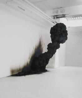 Art | Smoke | Black | White | Art | Exhibition | Exposition | Black | Minimal | tumblr_n166kpmogl1r4k6lbo1_1280.jpg