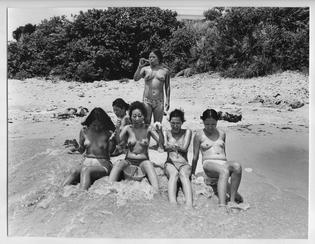 Mao Ishikawa - Hot Days in Okinawa (1975-1977)