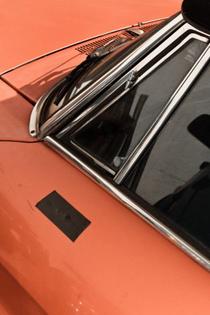 ignant-print-ronni-campana-badly-repaired-cars-008-600x900.jpg