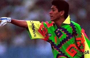 jorge-campos-1994.jpg