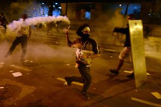 rio-de-janeiro-protests-june2013-by-christophe-simon.jpg