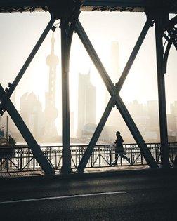 Morning routine 🏃♂️ . #Shanghai #moodygrams #agameoftones #instagramjapan #urbanromantix #rawurbanshots #illgrammers #stree...