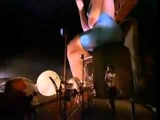 Rolling Stones Honky Tonk Woman live with the famous inflatable dolls