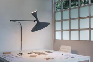 nemo-lampe-de-marseille-desk.jpg