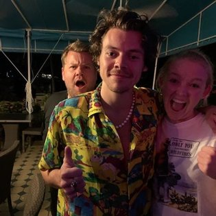 @harrystyles being the best person he can ever be... @j_corden photobombing!??? For real? 😂