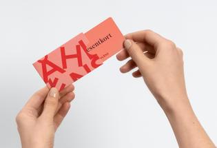 10-ahlens-sweden-retail-branding-print-gift-card-happy-fb-bpo.jpg