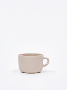 sue-pryke-tea-cup-pink_aw19_goodhood_6964.jpg
