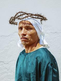 pieter-hugo-la-cucaracha-photography-itsnicet.width-1440_chzxqjo0jetrndfz.jpg