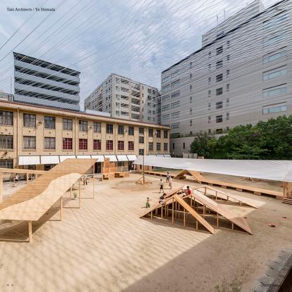 """屋根滑り廊下で昼寝-かげろう集落 """" Tato Architects - タトアーキテクツ / 島田陽建築設計事務所"""