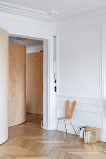wood-ribbon-apartment-interiors-paris-toledano-architects_dezeen_2364_col_11.jpg