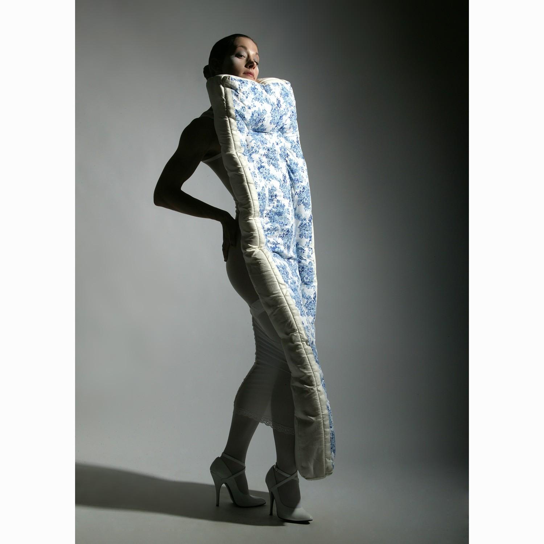 """""""How to Dress for society"""" MATTRESS DRESS, Clarina Bezzola"""
