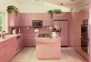 Lots of messages asking me if there are any more pictures of the pink kitchen..........here you are my lovelies! . A KITCHEN...