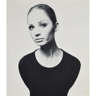 david-bailey-david-baileys-box-of-pin-ups-1965-36-works-.jpg