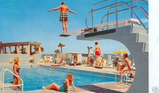 Daytona-Beach-FL-Daytona-Plaza-Swimming-Pool.JPG