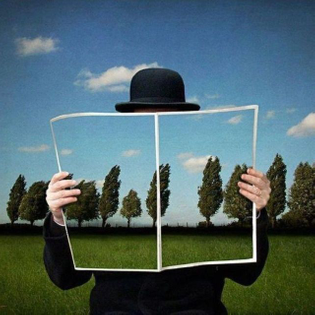 rene-magritte-paintings-and-posters.jpg