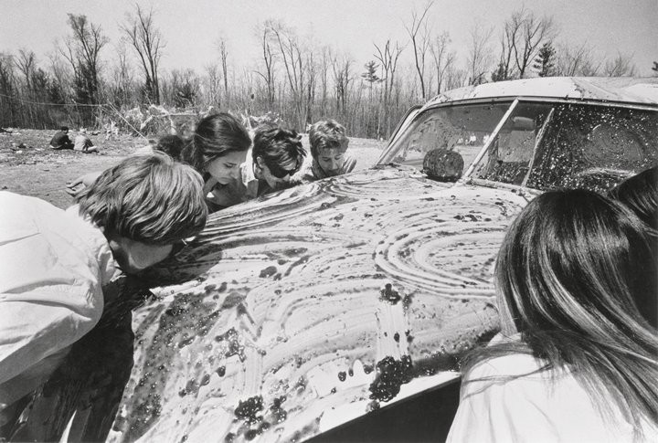 Allan Kaprow - Women licking jam off a car - household