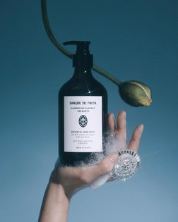 A reminder to keep washing them hands! | New work for @sangredefruta