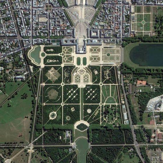 garden-of-versailles-aerial-view.jpg