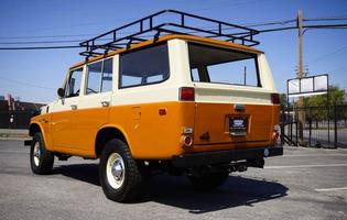 maxim-vintage-car-shopper-1970-toyota-land-cruiser-fj55.jpg