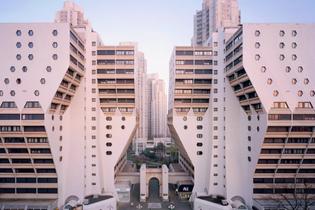 parisian-suburb-high-rises-1050x700.jpg