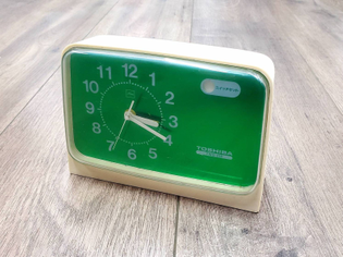 RARE vintage mid century 60s mod green Toshiba alarm clock Japan