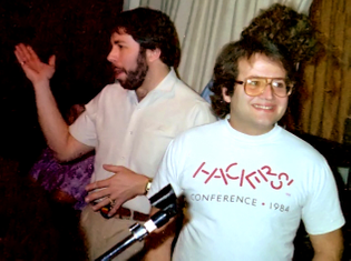 steve_wozniak_and_andy_hertzfeld_1985.jpg
