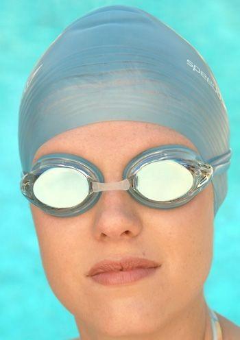speedo-goggle-vanquisher-womens.jpg