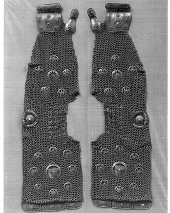 "𝚂𝙿𝙸𝚁𝙸𝚃 𝚁𝙴𝙲𝙴𝙸𝙿𝚃 on Instagram: ""Pair of Chaimail Sleeves (Kotē), Japanese,18th century"""