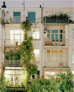 Jordi-Huisman-Rear-Window_2.jpg