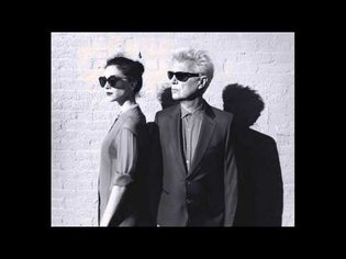 """""""Dinner For Two"""" David Byrne and St Vincent"""