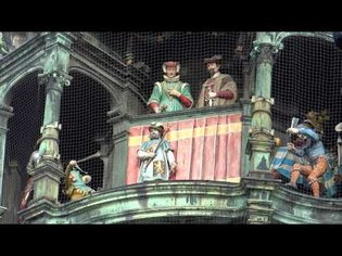 Munich town hall clock - dancing figures