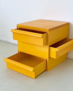 Early 1970s Simon Fussell for Kartell stacking drawers, SOLD. 💛🌈〰〰〰 #Kartell #simonfussell #yellow #popofcolor #homeunion #s...